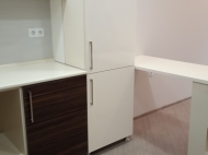 3-х комнатная квартира с ремонтом 85м.кв. в старом городе Фото 4