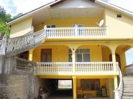 Посуточная аренда номеров в доме гостиничного типа в Квариати, Грузия. Фото 7