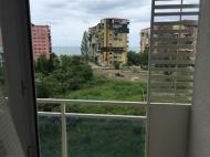 Аренда квартиры у моря на новом бульваре в Батуми, Грузия. Фото 6