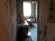 Выгодно купить квартиру с ремонтом и мебелью в тихом районе Батуми, Грузия. Фото 8