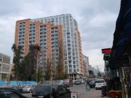 Квартиры в новостройке Батуми по цене от строителей. 15-этажный дом у моря в Батуми, на углу ул.Пушкина и ул.Грибоедова. Фото 1