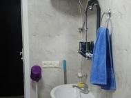 Арендовать квартиру в Батуми. Снять квартиру с ремонтом и мебелью в Батуми. Фото 9
