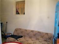ბინა ორსართულიან სახლში ბათუმის ცენტრში. ფოტო 3