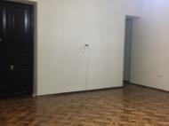 Аренда офиса в центре Батуми. Снять офис с современным ремонтом в центре Батуми, Грузия. Фото 6