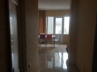 Renovated flat for sale in a quiet district of Batumi, Georgia. Photo 3