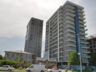 Апартаменты в жилом комплексе гостиничного типа у моря в центре Батуми. 14-этажный элитный жилой комплекс у моря на ул.Леха и Марии Качинских в центре Батуми, Грузия. Фото 9