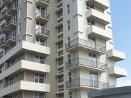 Новостройка на берегу моря в центре Кобулети. Квартиры в новом жилом доме на берегу моря в центре Кобулети, Грузия. Фото 8