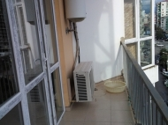 Аренда квартиры в новостройке на Новом бульваре в Батуми. Снять квартиру с видом на горы в Батуми, Грузия. Фото 13