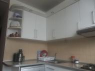Квартира с ремонтом и мебелью в Батуми Фото 3
