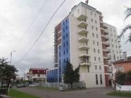 Квартиры в новом жилом доме у моря в центре Кобулети. 10-этажная новостройка у моря в центре Кобулети, Грузия. Фото 4