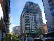 Апартаменты в элитной новостройке у моря в центре Батуми. 15-этажный элитный жилой комплекс у моря на ул.Горгиладзе, угол ул.Такаишвили в центре Батуми, Грузия. Фото 1