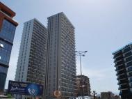 Новостройка у моря в Батуми. 26-этажный жилой комплекс у моря в Батуми, на ул.Леха и Марии Качинских. Фото 3