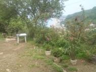Дом с участком и фруктовым садом в Квариати, Грузия. Вид на море и горы. Фото 3