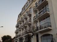 Новый жилой дом в старом Батуми. Квартиры в новом доме у моря на ул.Клдиашвили в центре Батуми, Грузия. Фото 2