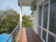 Аренда номеров в гостинице на 16 номеров на берегу моря в Квариати в Грузии Фото 3