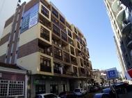 Квартиры в новостройке у моря в Батуми. 7-этажный дом у моря в Батуми на ул.В.Горгасали, угол ул.26 мая. Фото 2