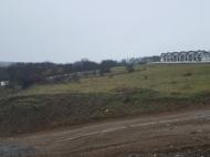 Участок в Тбилиси с видом на горы и город. Купить земельный участок в пригороде Тбилиси, Цавкиси. Фото 1