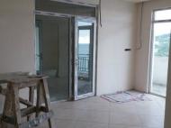 Апартаменты на берегу моря в гостиничном комплексе Махинджаури. Купить квартиру с видом на море в ЖК гостиничного типа в Махинджаури, Грузия. Фото 4