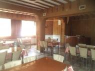 Гостиница на 25 номеров на берегу моря в центре Гонио,Грузия. Купить гостиницу с рестораном в Гонио. Фото 1