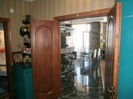 Купить квартиру в сданной новостройке с ремонтом и мебелью в центре Батуми Фото 4