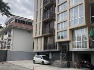 Новостройка на берегу моря в центре Кобулети. 11-этажный новый жилой дом у моря на улице Царицы Тамары в Кобулети, Грузия. Фото 6