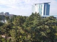 Квартира с видом на море и парк 6 мая в центре Батуми,Грузия. Купить квартиру в новостройке Батуми,Грузия. Фото 1