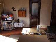 იყიდება სახლი მიწის ნაკვეთთან ერთად. ბათუმი. საქართველო ფოტო 16