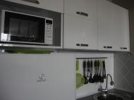 СВЧ печь, холодильник. Фото 14