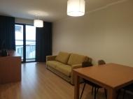 Квартира в новостройке с ремонтом и мебелью в центре Бакуриани. Купить квартиру с видом на горы в Бакуриани, Грузия. Фото 1