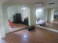 Дом в Батуми с современным ремонтом и действующим фитнес-центром Фото 3