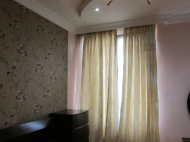 Продажа квартиры в новостройке Батуми. Квартира с ремонтом и мебелью в тихом районе Батуми, Грузия. Фото 4