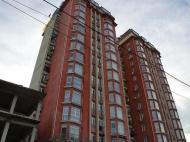 Новый жилой дом в Старом Батуми. Квартиры в новом доме у моря на ул.Пушкина в Батуми, Грузия. Фото 2