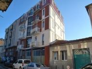 Новый жилой дом у моря в старом Батуми. Квартиры в новостройке у моря в центре Батуми, Грузия. Фото 3