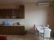 Renovated flat for sale in a quiet district of Batumi, Georgia. Photo 2