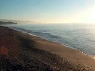 Земельный участок на пляже Черного моря в Кобулети. Участок на пляже Черного моря в Кобулети, Грузия. Фото 2