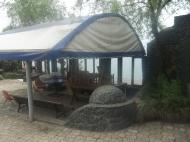 Коттеджи с домом и летним баром на берегу моря в Батуми. Купить гостевой коттеджный комплекс с летним баром у моря в Батуми. Фото 4