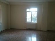 Commercial real estate for rent in Batumi, modern renovation Photo 7