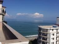 Жилой комплекс на берегу Черного моря в Кобулети. Апартаменты с видом на море в жилом комплексе у моря в центре Кобулети, Грузия. Фото 7