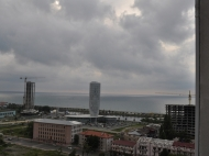 Жилой комплекс у моря в центре Батуми на ул.Джавахишвили, угол ул.Н.Пиросмани. Новостройка, жилой комплекс у моря в центре Батуми, Грузия. Фото 4