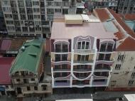 Новостройка у моря в центре Батуми, Грузия. 6-этажный элитный жилой дом у моря в центре Батуми на ул.Джинчарадзе, угол ул.Меликишвили. Фото 5