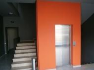 Многофункциональный комплекс в центре Батуми на ул.Мазниашвили, угол ул.Комахидзе. Новостройка в центре Батуми, Грузия. Фото 4