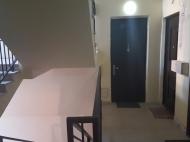 Новый жилой дом в старом Батуми. Квартиры в новом красивом доме у отеля Шератон в центре Батуми, Грузия. Фото 6