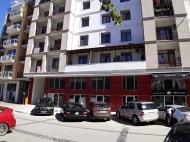Новостройка у Парка 6 мая в Батуми. 10-этажный новый жилой дом на ул.Такаишвили в Батуми, Грузия. Фото 2