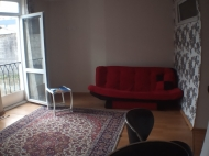Квартира с мебелью и техникой 36м.кв. в старом Батуми Фото 4