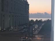 Квартира в центре Батуми у Макдональдса. Купить квартиру в новостройке у моря. Батуми,Грузия. Фото 1