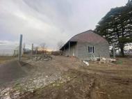 Продается частный дом с земельным участком в Сурами, Грузия. Теплица. Действующий бизнес. Фото 2