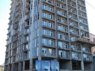 Новый жилой комплекс в центре Батуми. 17 этажный жилой комплекс в центре Батуми, Грузия. Фото 5