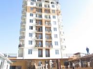12-სართულიანი სახლი ქალაქ ბათუმის პრესტიჟულ რაიონში ლეონიძისა და გენერალ ასლან აბაშიძის ქუჩების კვეთა. ფოტო 1