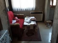 Выгодно купить квартиру с ремонтом и мебелью в тихом районе Батуми, Грузия. Фото 11