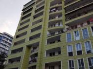 Новый жилой комплекс у моря в старом Батуми, Грузия. Новый жилой комплекс в центре Батуми на ул.Х.Абашидзе, угол ул.Горгиладзе. Фото 2